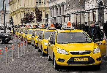 «Тинькофф» будет мгновенно делать выплаты водителям такси