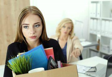 В период сокращения работников организация может объявить простой