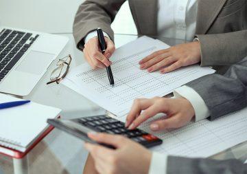 С денег на личном счете ИП тоже должен платить налог